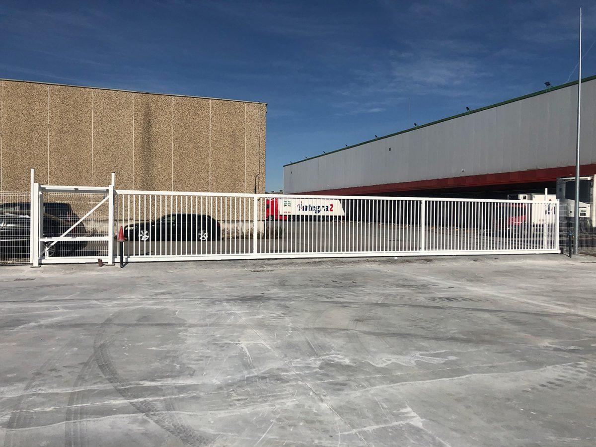 Puertas para zonas Industriales de gran apertura
