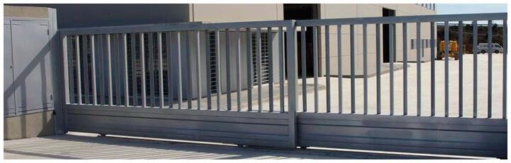Puertas met licas correderas mallarapid mallas for Puertas corredizas metalicas